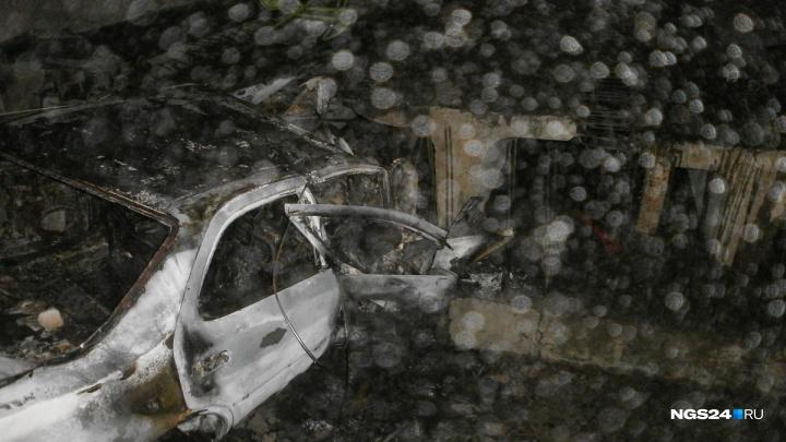 «Пытались их спасти, но водитель сгорел дотла»: подробности аварии, где погиб пропавший красноярец