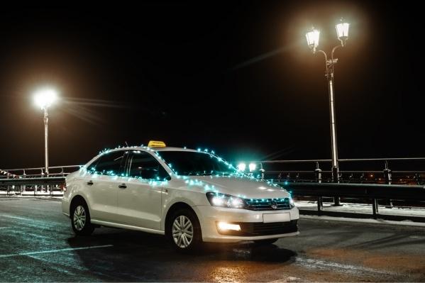 В новогодние праздники уехать на такси непросто