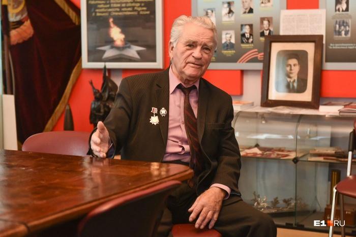 Владимиру Фёдоровичу в этом году исполнилось 85 лет