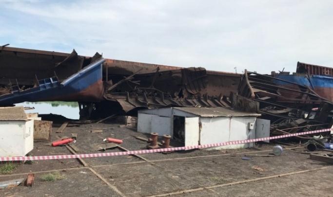 Виновному в гибели трех человек при взрыве на барже в Волжском дали два года