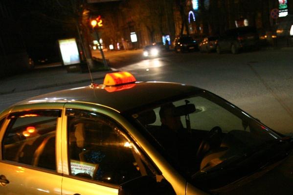 Таксист Виталий Ч. выслушал приговор в сентябре прошлого года, а теперь его выпустили домой