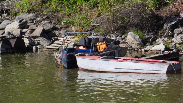 Высадил и не вернулся: мужчина без ног пять дней провёл на пустом острове