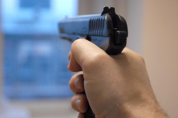 После стрельбы подсудимый выбросил пистолет с Димитровского моста