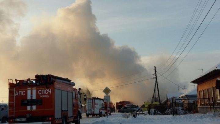 «Баллон был переполнен»: родные семьи, чей дом взорвался под Ишимом, винят в случившемся газовиков