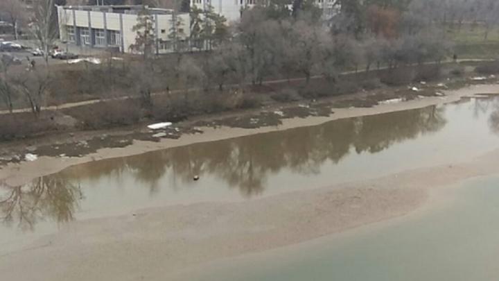 Совсем обмелел: волгоградцы увидели дно Волго-Донского судоходного канала