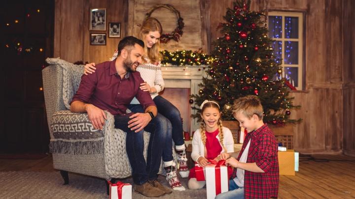 Омичам рассказали, как весело отметить новогодние праздники