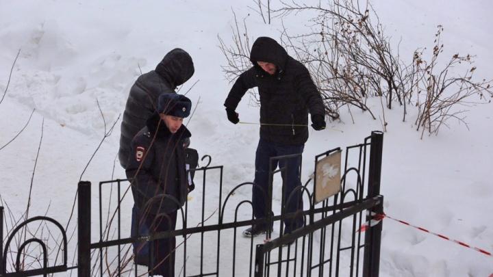 В центре Новосибирска убили мужчину: очевидцы сообщают, что он возглавлял ЖСК