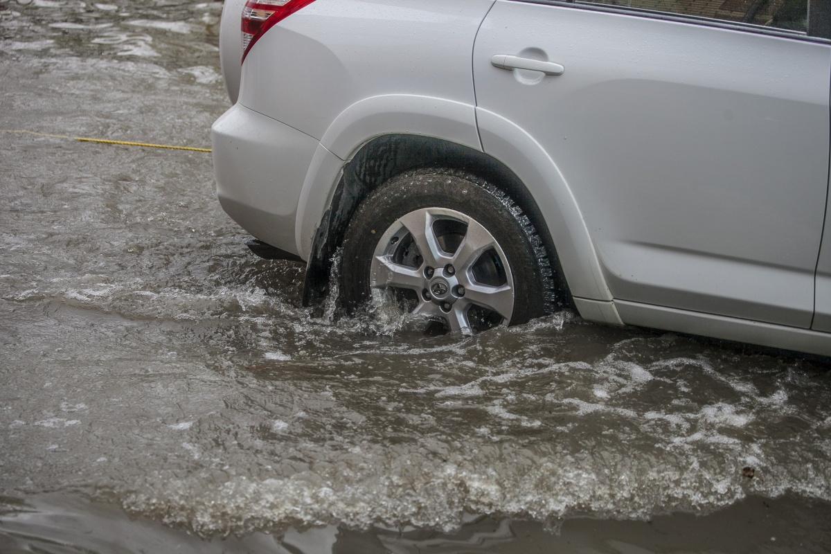 Дорожники объяснили причину потопа в переходе