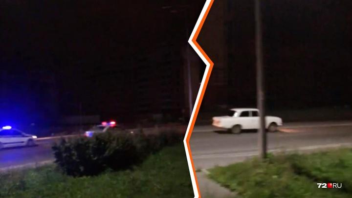 Студента на «Москвиче», за которым по Пермякова гнались шесть машин полиции, арестовали