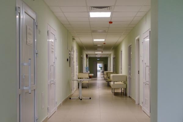 Врачи объединившихся поликлиник смогут подменять друг друга