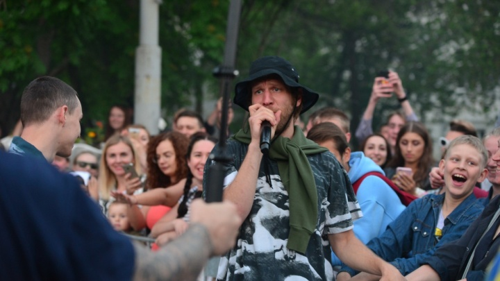 Школьный выпускной на Центральном стадионе отменили из-за протестов в Екатеринбурге