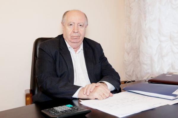 Почетный житель Красноярска вместо подарков на свой юбилей попросил друзей дать деньги больным детям