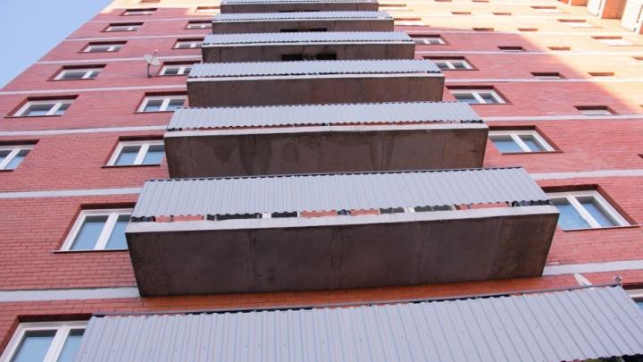 Архангелогородец погиб, спускаясь по простыням с четвертого этажа