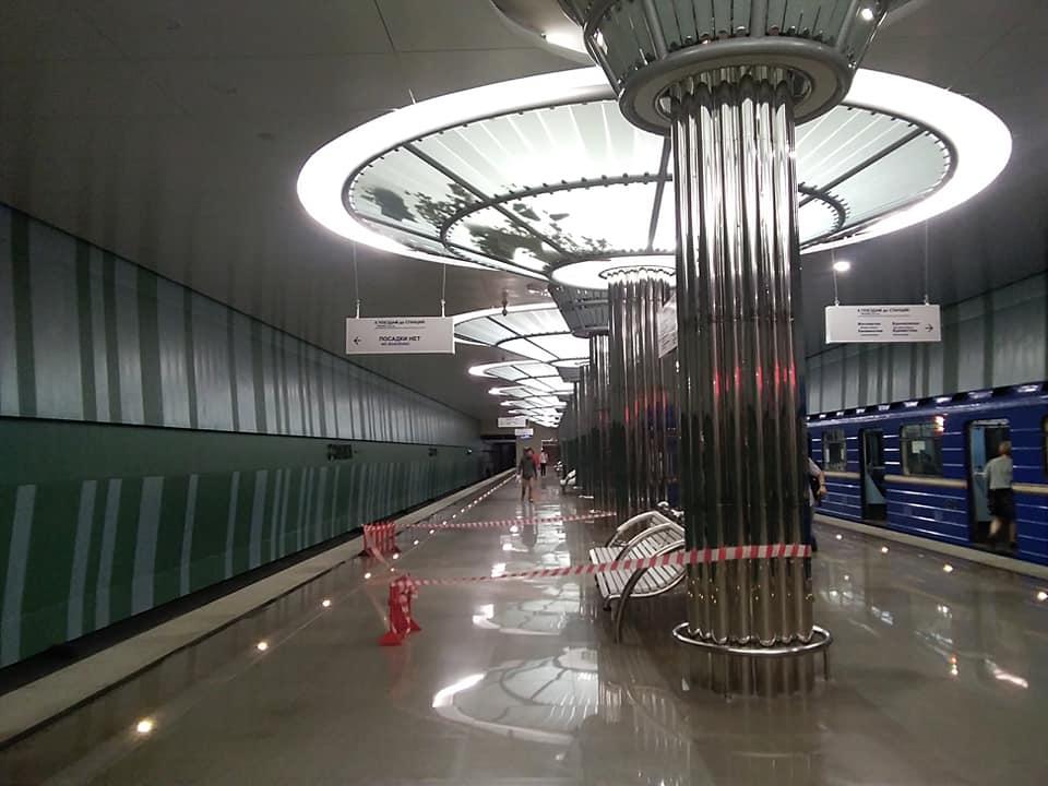 Новой станции метро «Стрелка» уже требуется ремонт