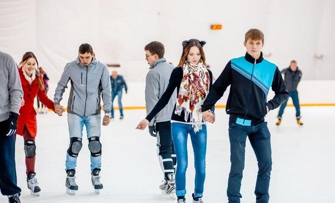 Ростов на льду: рассказываем, где в южной столице покататься на коньках и сколько это стоит