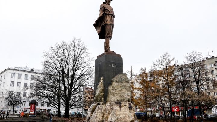 10 фактов о памятнике Максиму Горькому