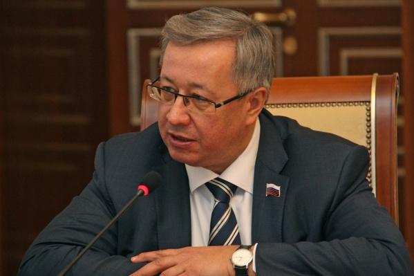 Юрий Зозуля решил покинуть Заксобрание из-за большой загруженности на основной работе