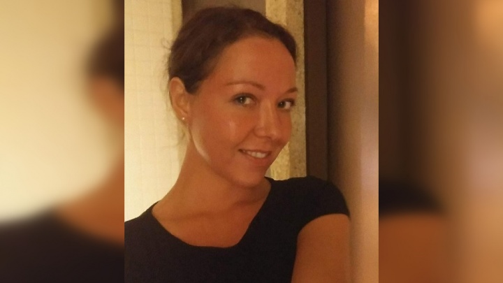 «Её телефон нашёл прохожий»: в Новосибирске женщина вышла на прогулку и пропала