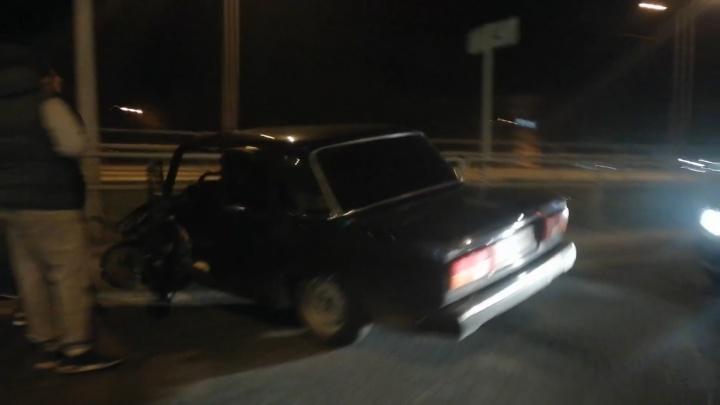 «Собрал» пять машин: водитель «пятерки» спровоцировал крупное ДТП