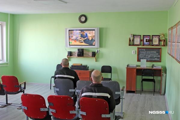Во время визита в ЛИУ-10 все заключенные рассказывали, что не слышали о пытках