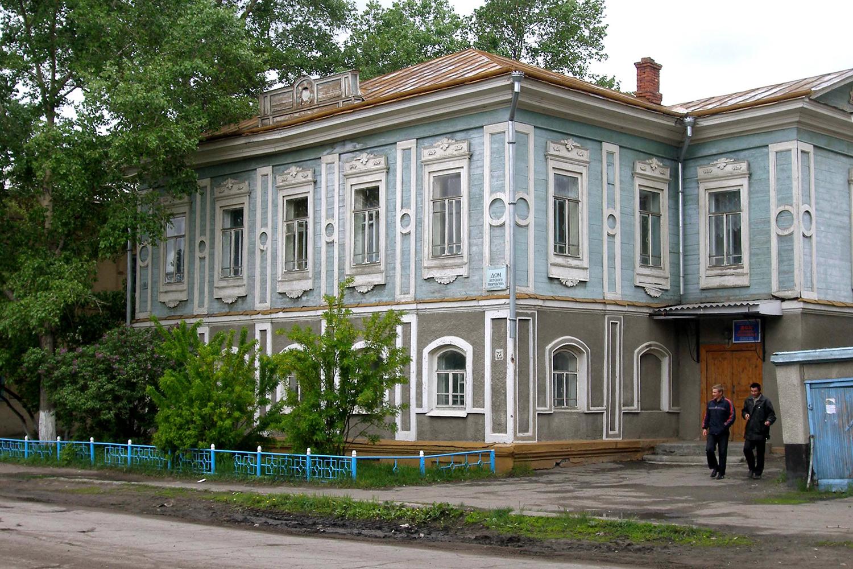 В доме купца Шипицына сейчас находится дом детского творчества