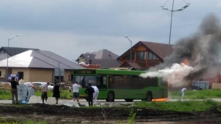 В Преображенском загорелся автобус №39, в салоне которого находились пассажиры