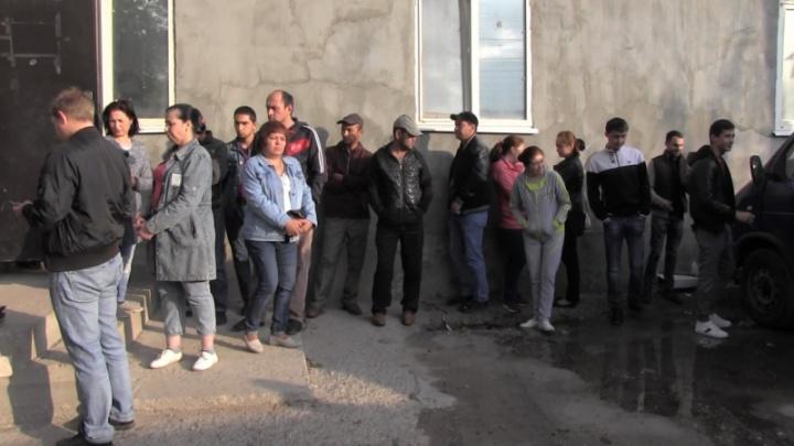 Не дом, а притон: в Советском районе обнаружили коттедж с 23 мигрантами