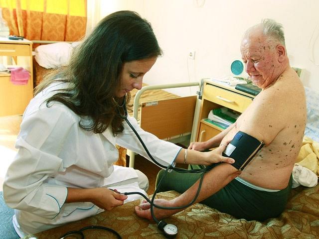 Особенно остро больницы региона нуждаются в терапевтах и педиатрах