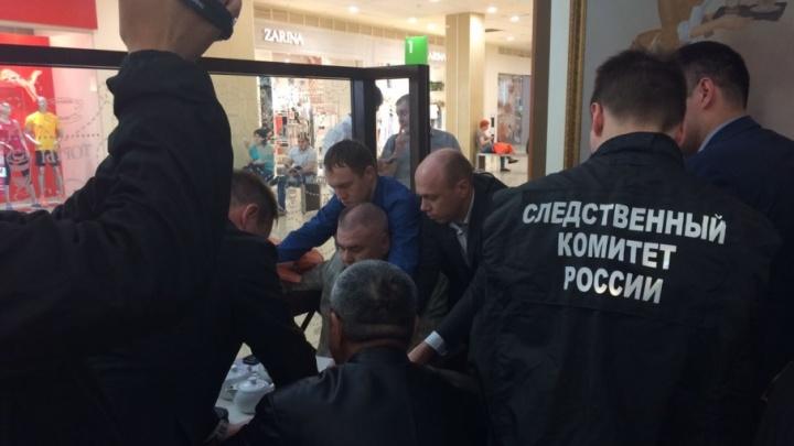 В Уфе ФСБ скрутила лжегенерала
