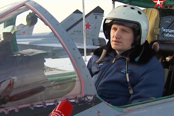 Командир корабляМиГ-31БМ поделился впечатлениями от полетов в эфире телеканала «Звезда»
