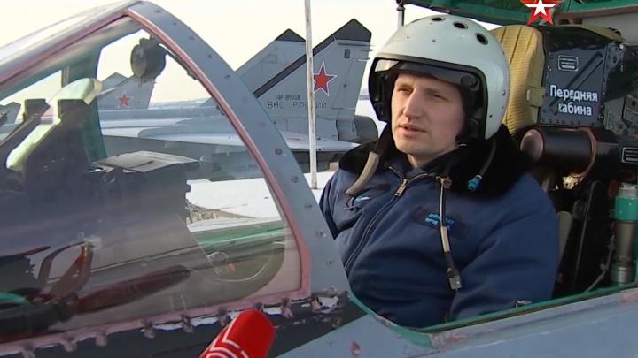 «Впечатления незабываемые»: пилот МиГ-31 рассказал, как истребители летают над Пермью
