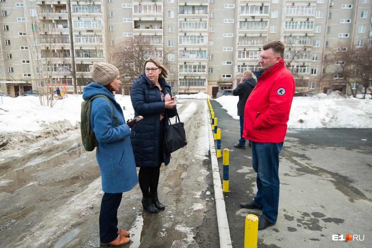 Оксана Курбатова еще и руководителям соседних ТСЖ передает свой опыт