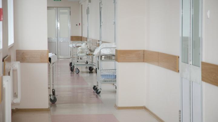 Ребёнок беременной сибирячки, выпавшей из окна больницы, умер