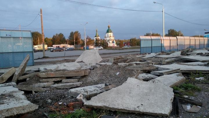 «Это место не для бизнеса»: как будут обустраивать вход на кладбище Бадалык
