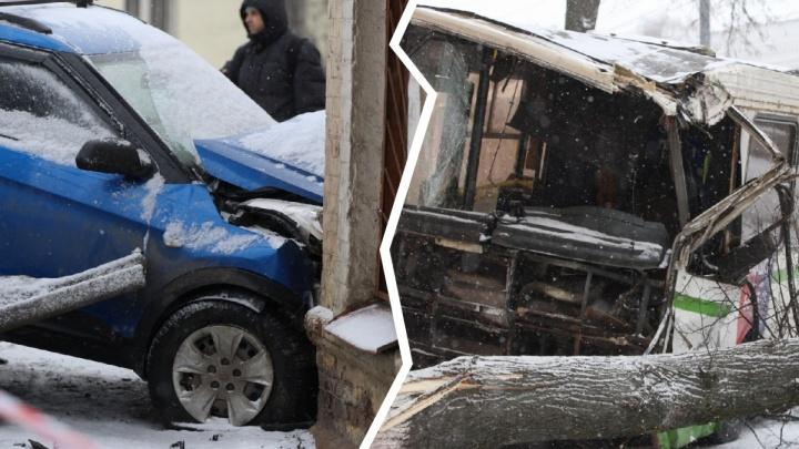 ДТП на Московском проспекте: водитель неуправляемого автобуса рассказал свою версию