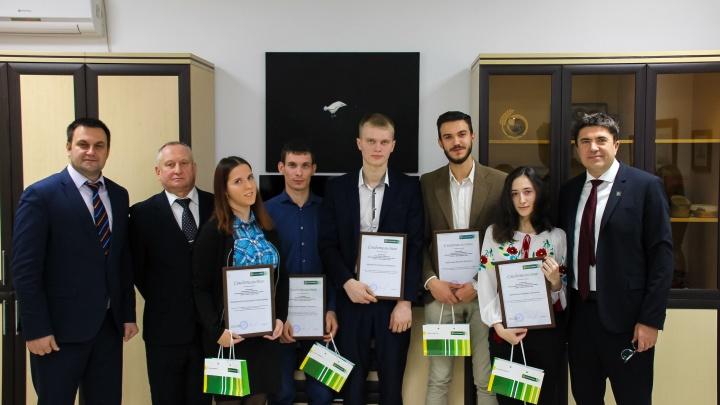 Лучшие студенты ГАУ Северного Зауралья получили сертификаты на именные стипендии от Россельхозбанка