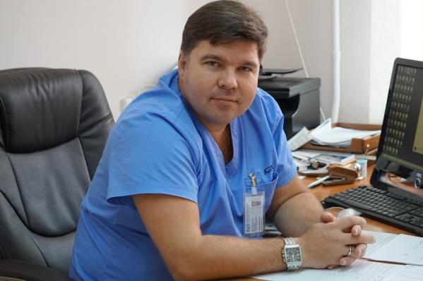 Доктор Максим Шумбасов