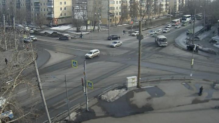 В Кургане и Шадринске поставили еще четыре камеры видеофиксации нарушений Правил дорожного движения