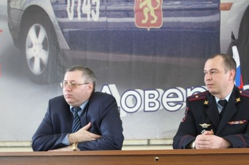 Константин Коллегов —справа