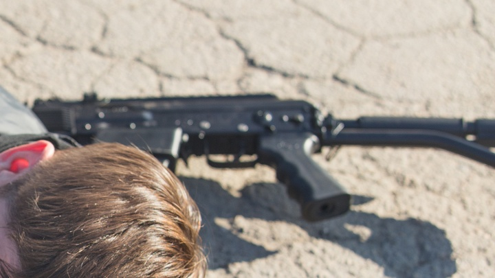 Машину новосибирца обстреляли возле колонии в Первомайском районе