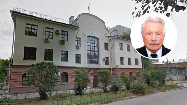 Скончался легендарный самарский врач Николай Манаков
