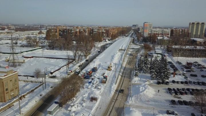 В дептрансе скорректировали сроки возвращения трамваев на Заводское шоссе