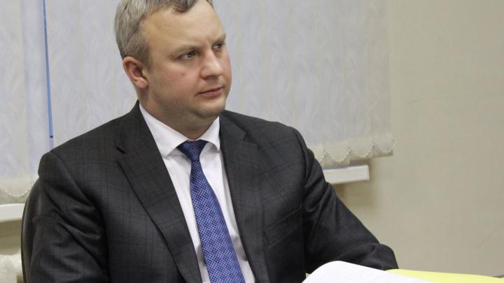 «Он не может уйти сейчас»: в Ярославле обсуждают увольнение заместителя мэра по ЖКХ