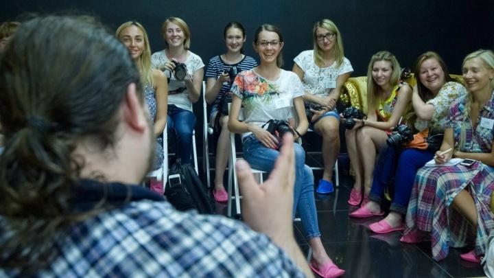 Новосибирцев бесплатно научат фотографировать профессионально