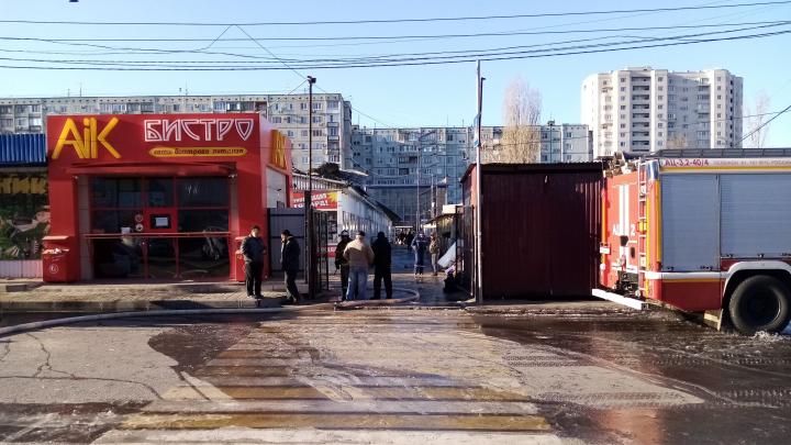 «Могло всё взорваться»: в Волгограде после пожара закрылся рынок «Олимпия»