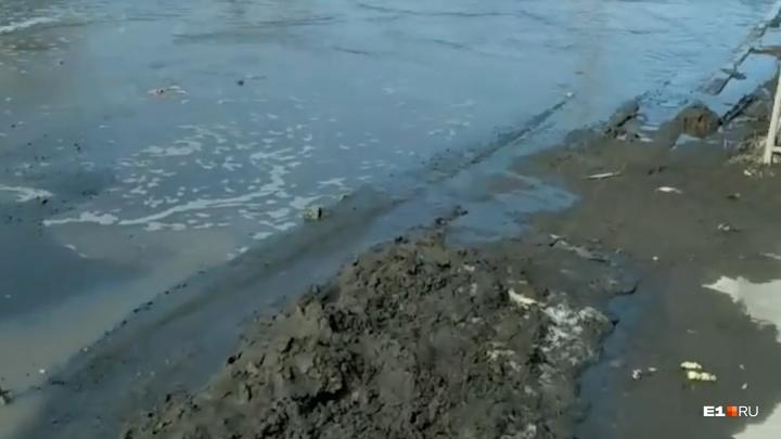 Указ ГИБДД не выполнен: жители Мичуринского жалуются на ужасные дороги, которые не чинят с сентября