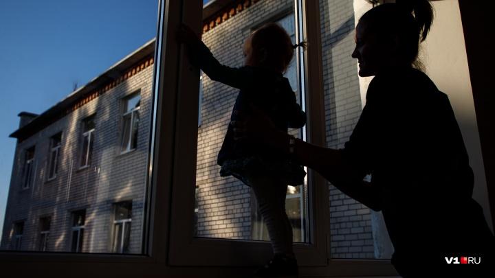 Дети не умеют летать: как уберечь ребенка от окна и не допустить трагедии