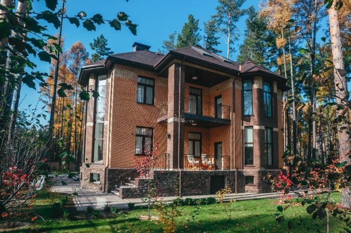 Самый дорогой коттедж Новосибирска в обзор московского сервиса не вошёл