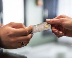 Рейтинг магазинов, где рады кредиткам