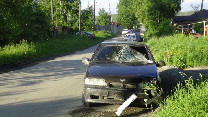 """На окраине Первоуральска пьяный водитель """"четырнадцатой"""" сбил насмерть пешехода"""
